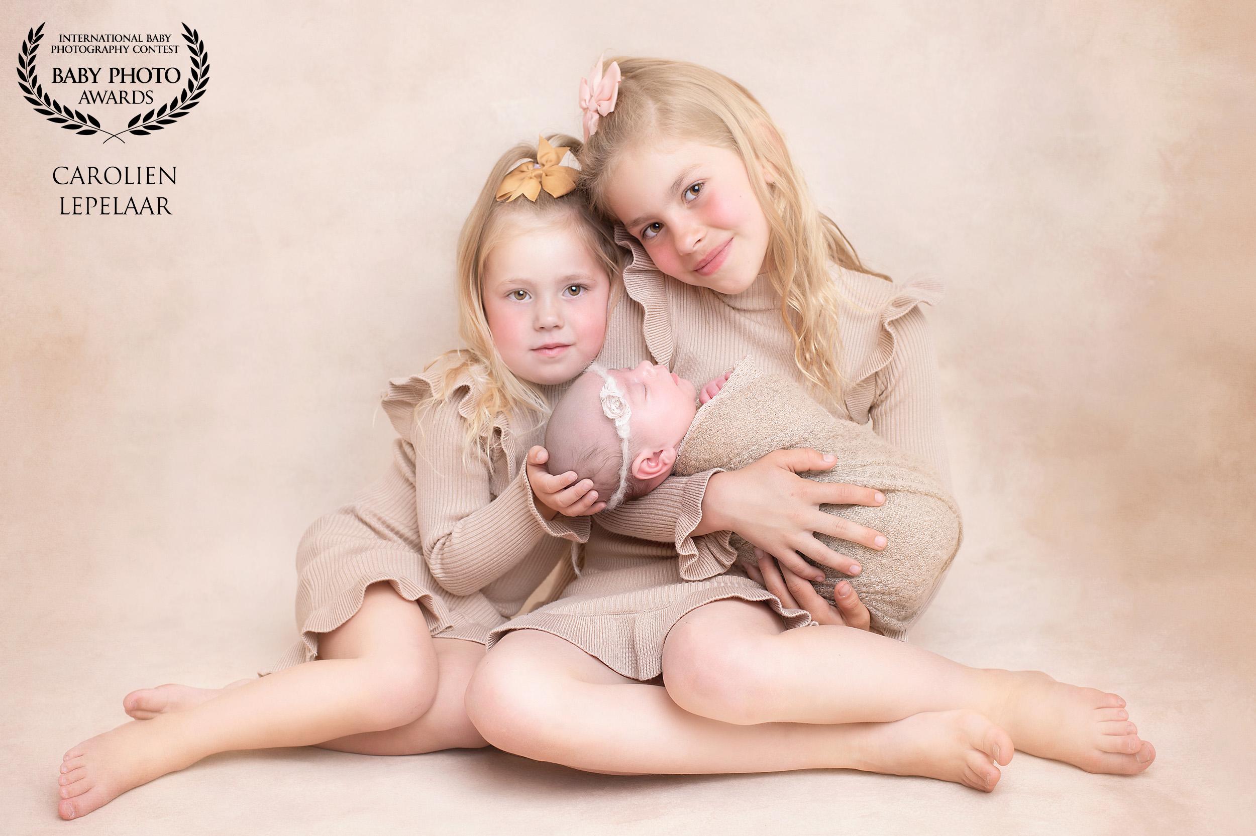 custom_logo_CAROLIEN-LEPELAAR-netherlands-50collection-babyphotoawards-com_1591820149